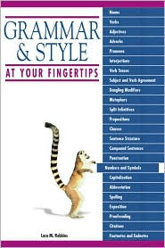 Grammar And Style At Your Fingertips - Lara M. Robbins