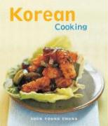 Korean Cooking: The Essential Asian Kitchen - Chung, Soon Young