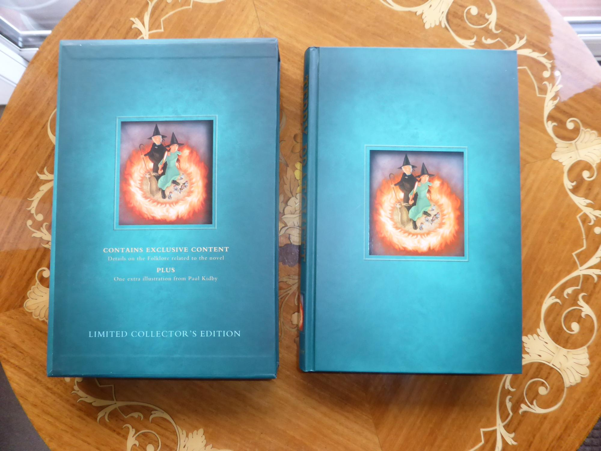 I Shall Wear Midnight: A Discworld Novel AS NEW SIGNED & STAMPED with HOLOGRAM in EXCLUSIVE SLIPCASED LIMITED EDITION - Pratchett, Terry